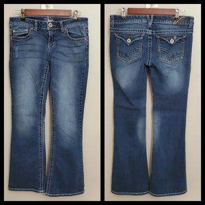 Vanity Bootcut Jeans Size 28W/31L